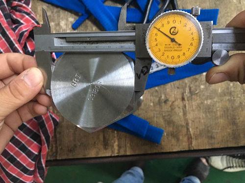 S31803 sešstūra vāciņa skrūvju izmēra pārbaude